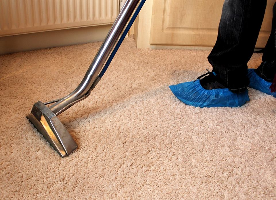 fast clean steam vacuuming